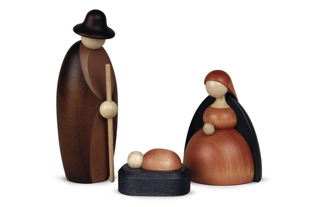 Krippe Christi Geburt mit Maria Josef und Jesus aus Holz geschnitzt in modernem skandinavischen Design