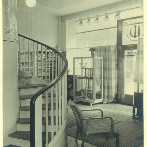 Historische Innenaufnahme Design + Handwerk Dickerhoff in schwarz/weiß.